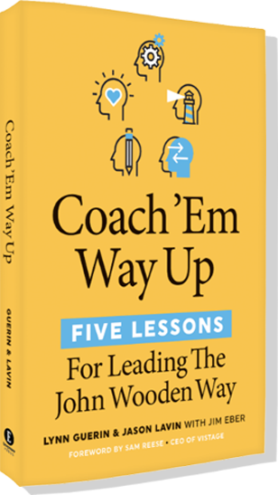 Coach' Em Way Up book cover